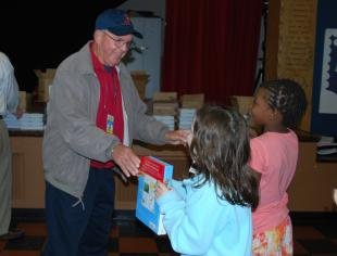 Ballard Rotary Club distributes 225 dictionaries to third graders