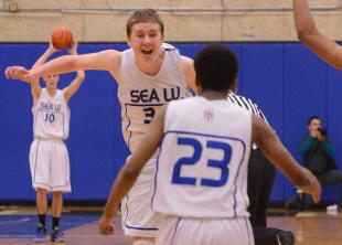 SLIDESHOW: Seattle Lutheran comes from behind, wins a nail biter, earns bid to state tournament